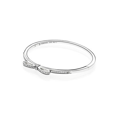 Sparkling Bow Bangle